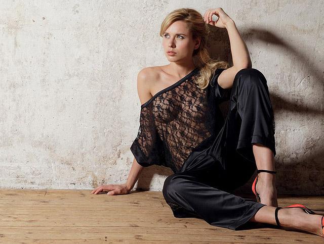 La Frivole Sheer Top & Pyjama Bottom by Rosy