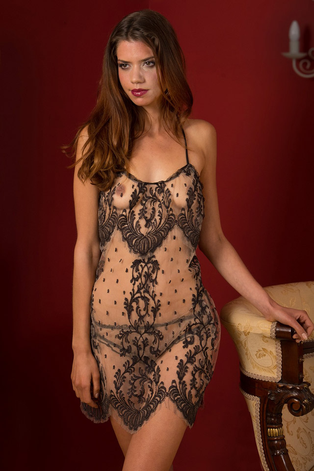 Standing Ovation Slip Shell Belle Couture
