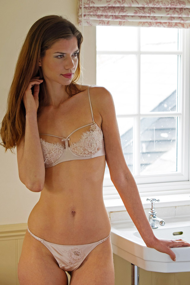 Tease Tanga and Bra Shell Belle Couture