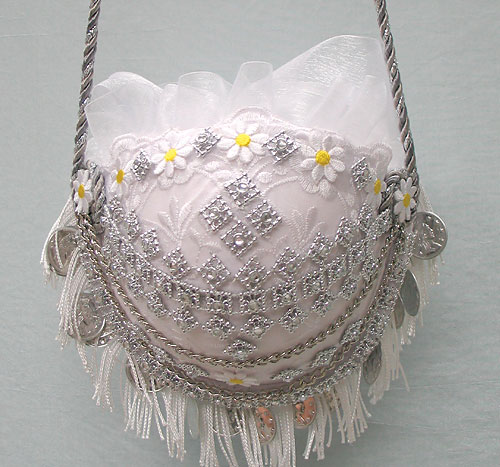 Bag made from a bra