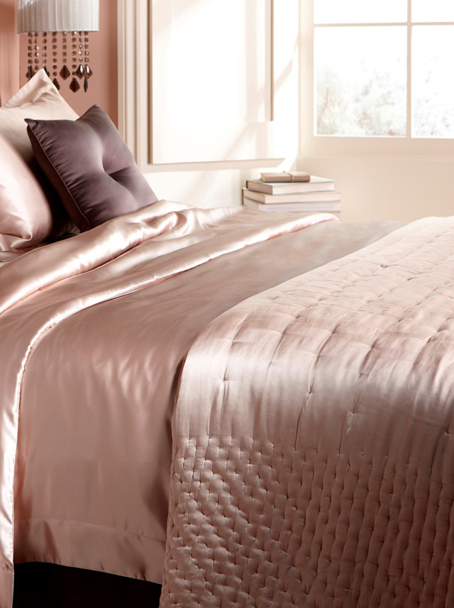 Dimple nude bedding